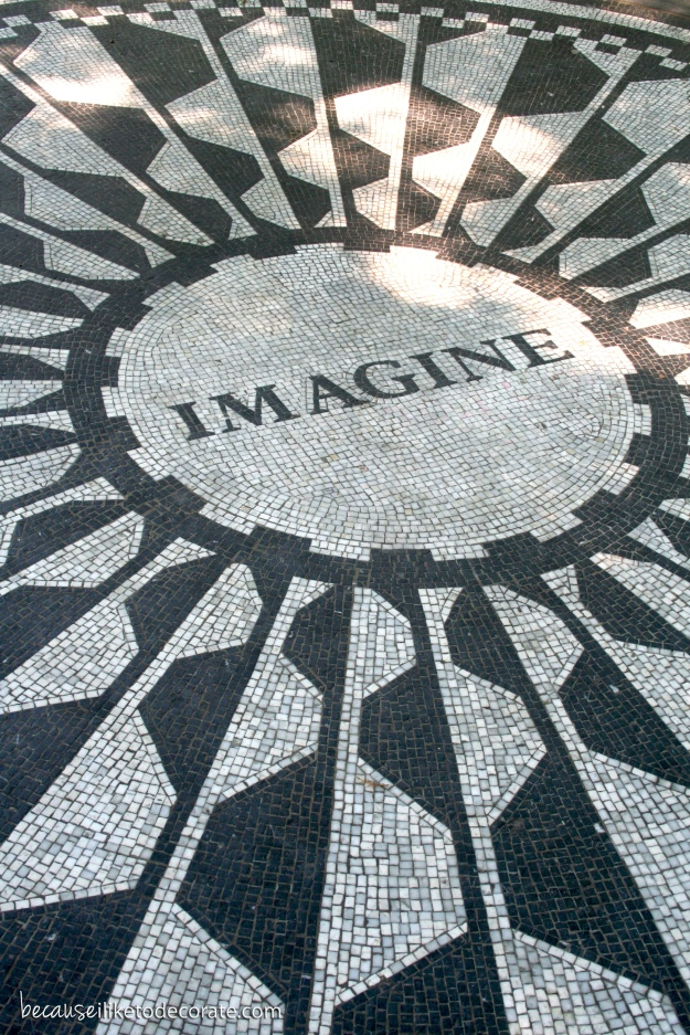 Strawberry Fields in Central Park - NYC